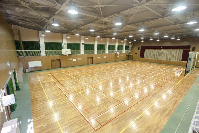 神戸 体育館